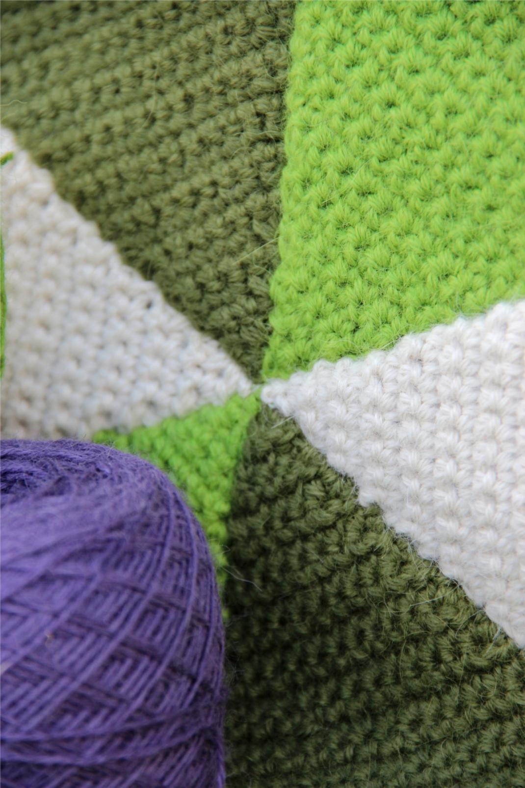 Vasarely blanket green