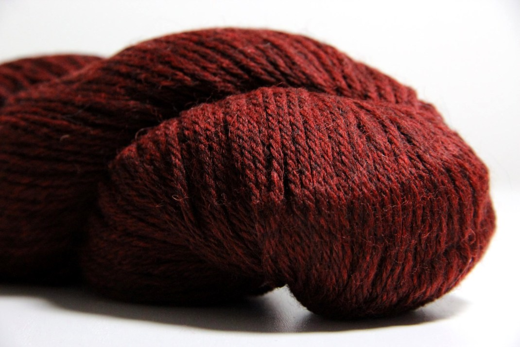 Cascade heather 220 Red Wine 9489