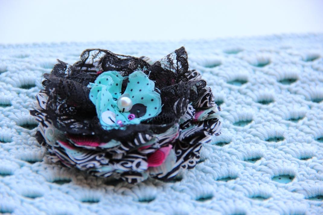Fleur en tissu Marna Lunt