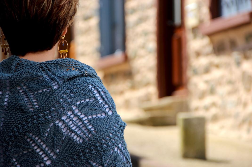 châle jours tricot Natura DMC PurPle Laines. H. Spatazza  (15)