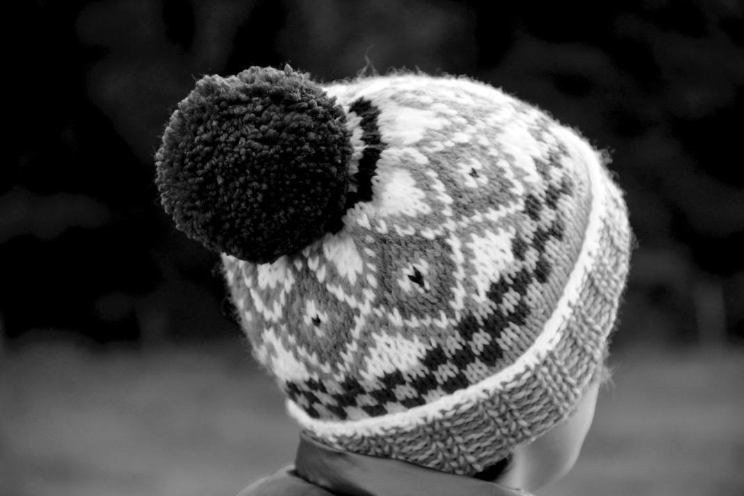 Bonnet Beudusse PurPle Laines 4 a noir et blanc