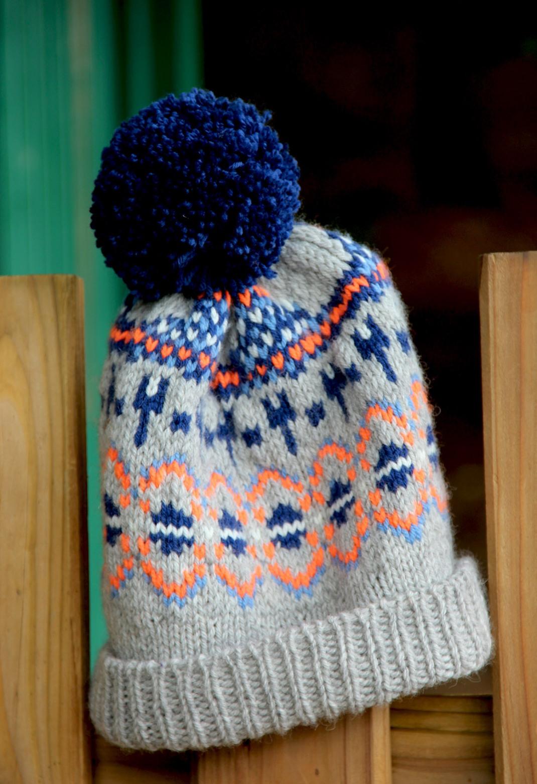 Oonski bonnet jacquard PurPle Laines