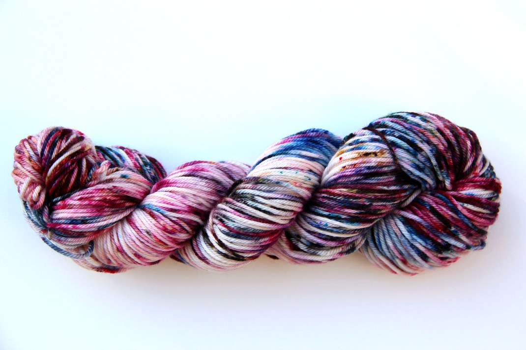 merinos-dk-264-m-purple-laines-teints-a-la-main-jolene-10