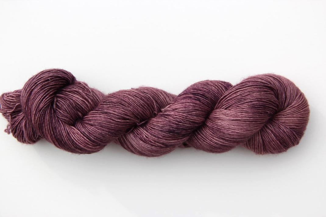 merinos-singles-fingering-iris-givre-08-purple-laines