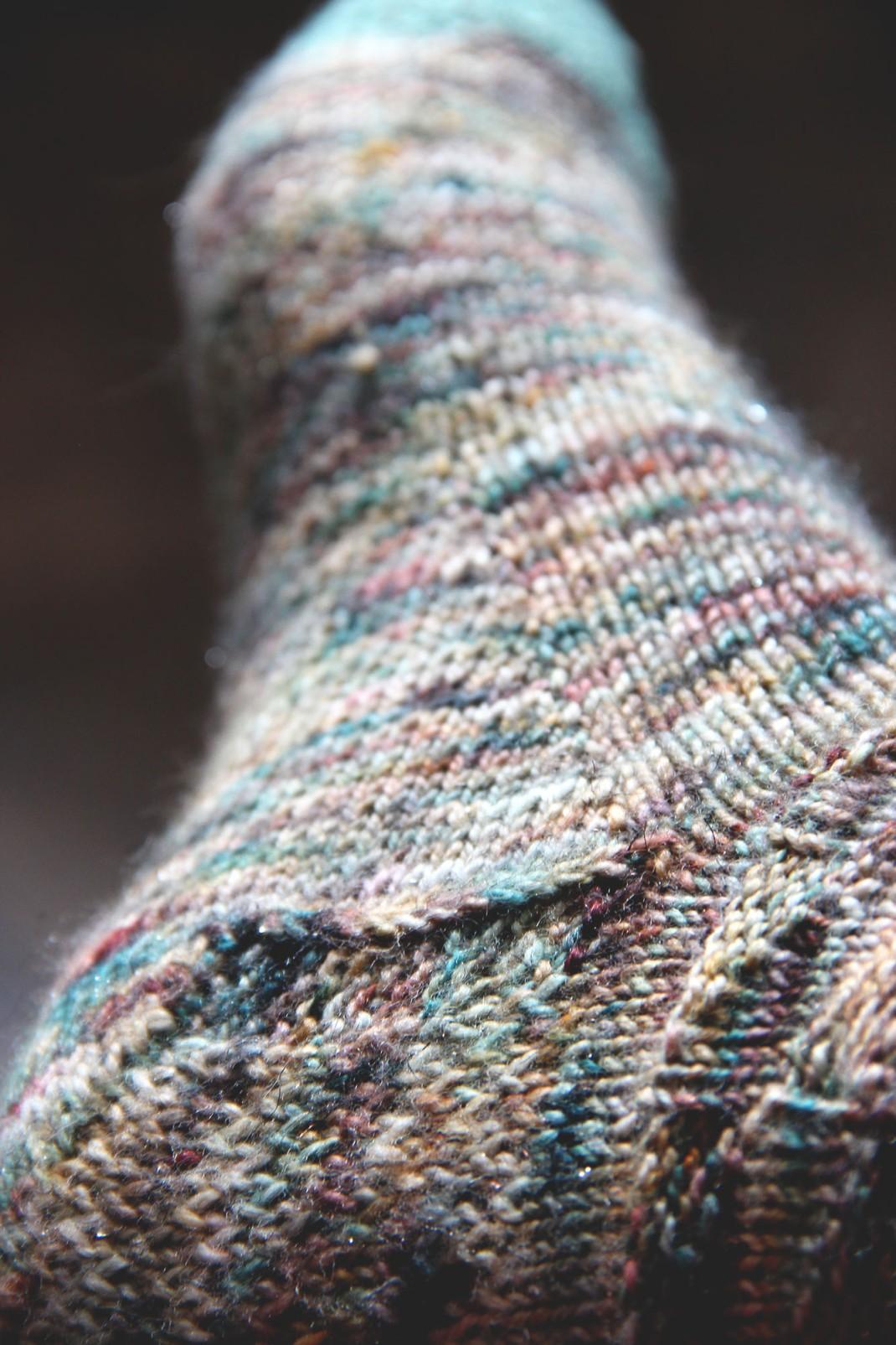 chaussettes-merinos-glitter-sauvage-purple-laines-1