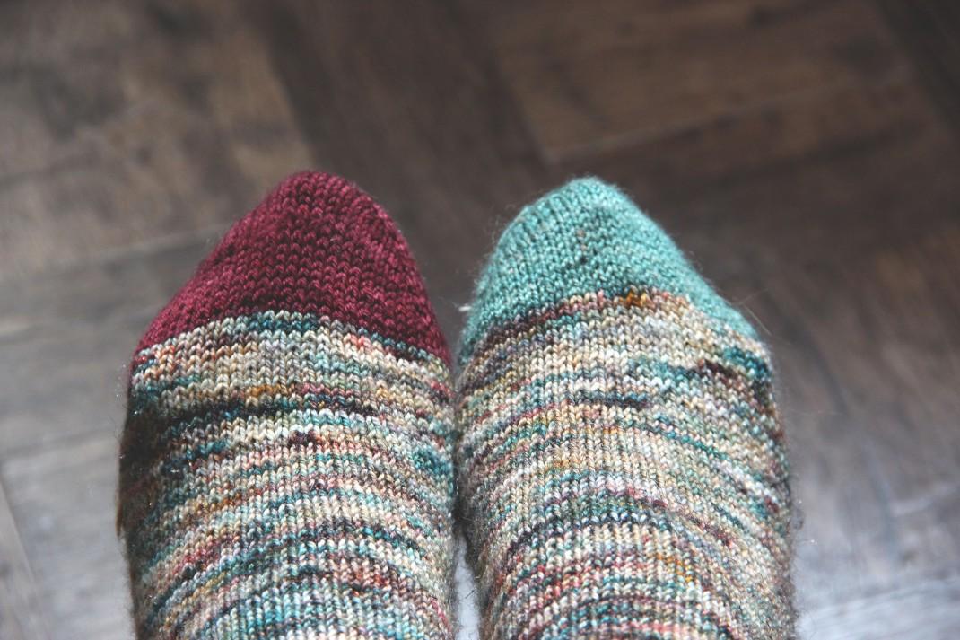 chaussettes-merinos-glitter-sauvage-purple-laines-8