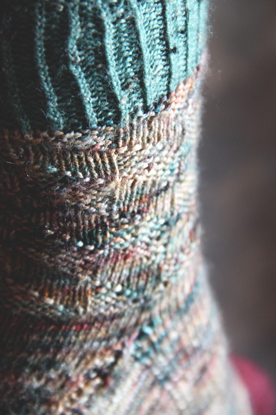 chaussettes-merinos-glitter-sauvage-purple-laines-9