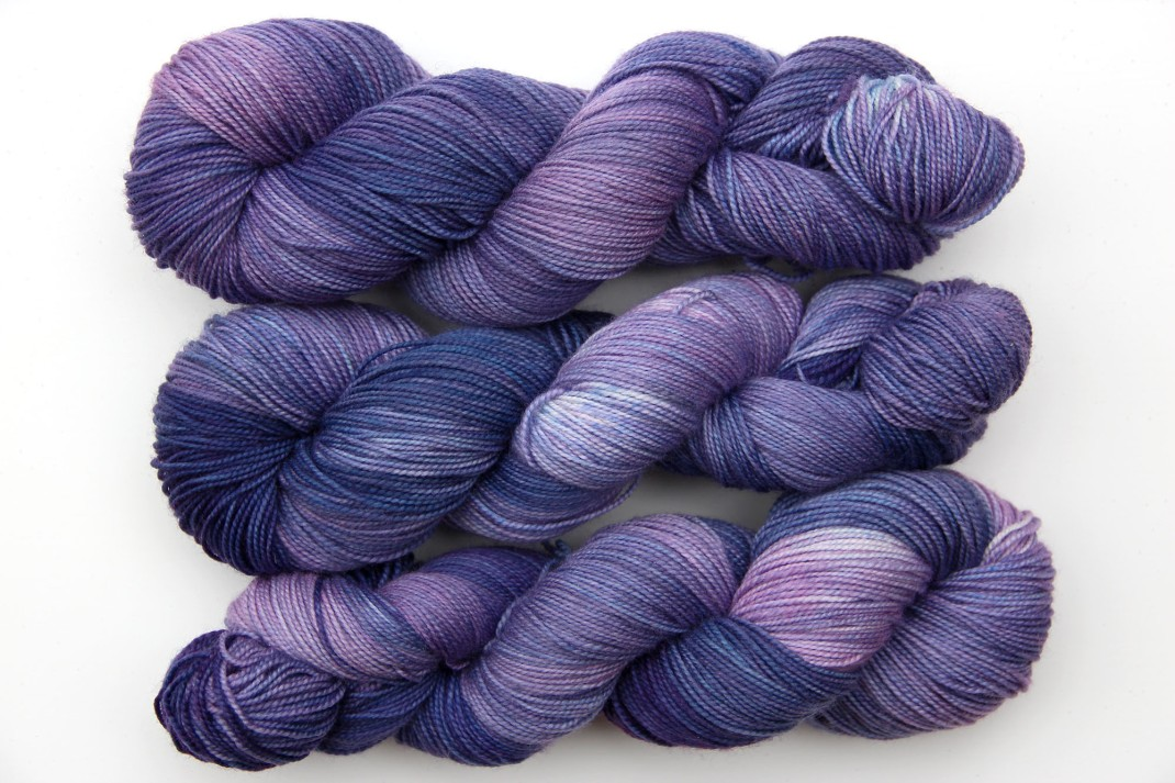 merinos-sock-rhapsody-in-blue-09-purple-laines