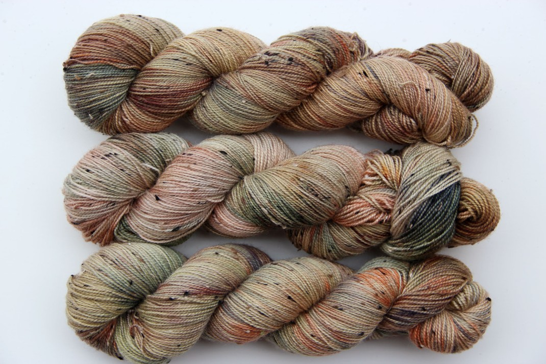 donegal-sock-bfl-purple-laines-sage-garden-3