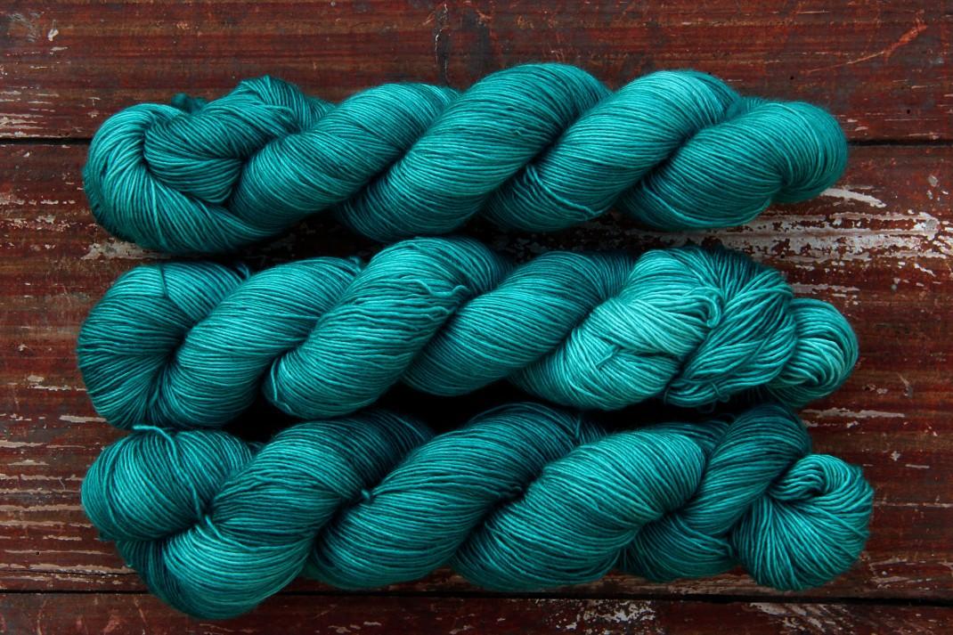 merinos-singles-fingering-purple-laines-emeraude-14