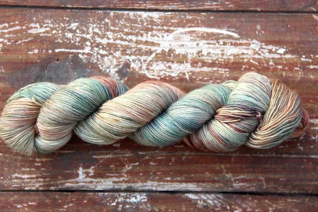 merinos-singles-fingreing-purple-laines-sage-garden-2